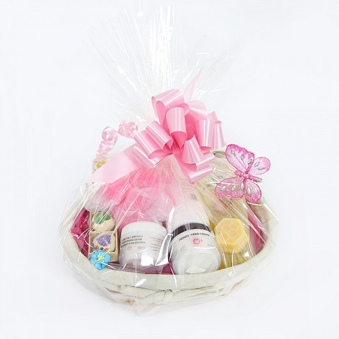 Honey Cosmetics Ultimate Pamper Gift Hamper